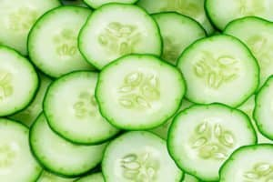 fresh cucumber slices